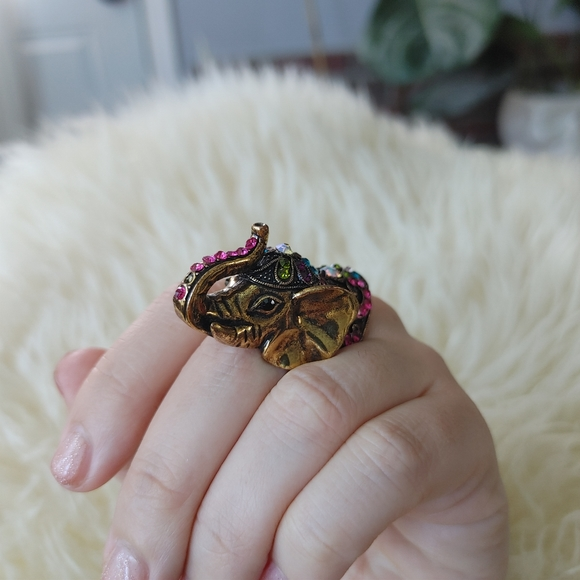 Elephant cocktail ring